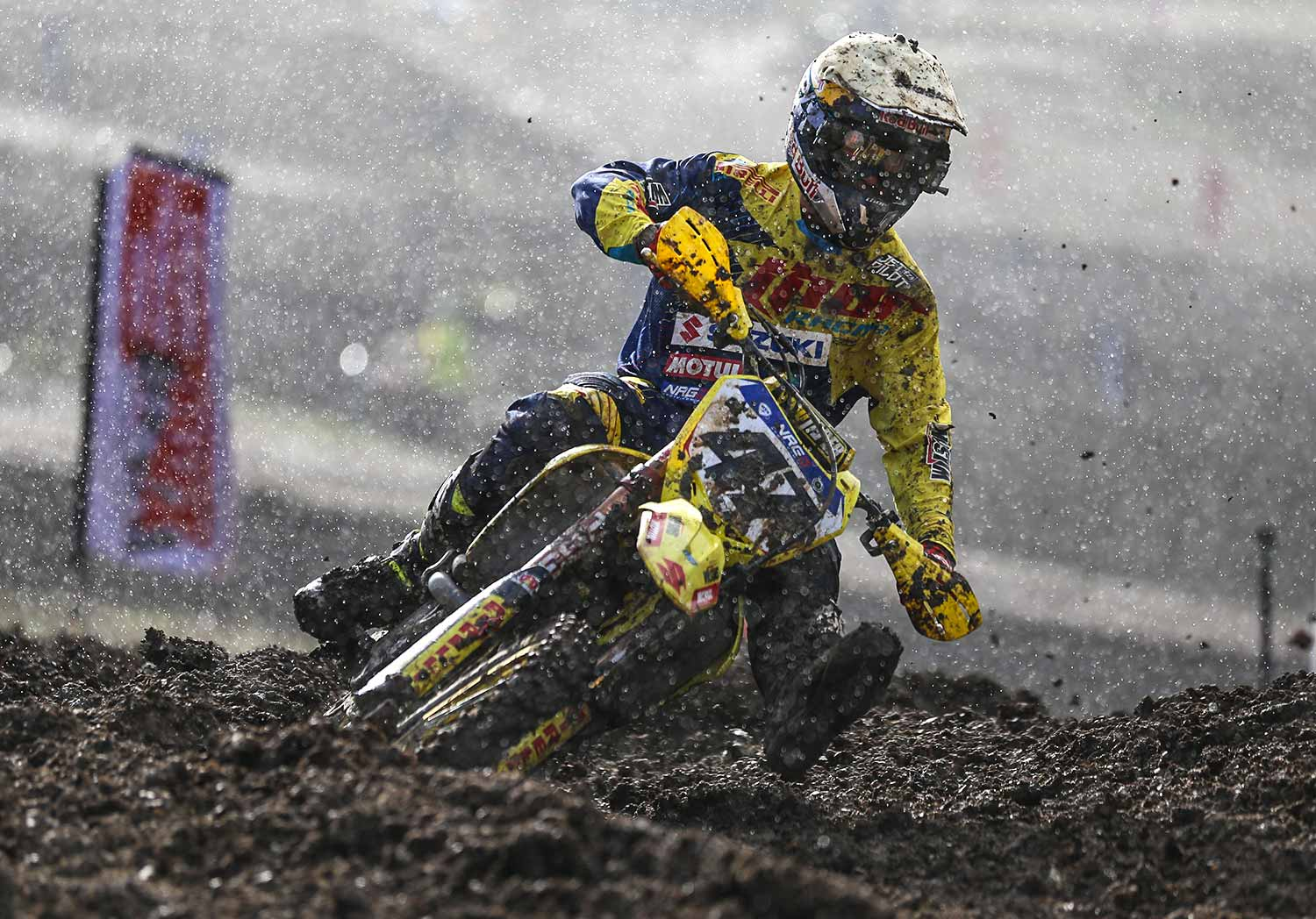 2016-mxnationals-round-3-broadford